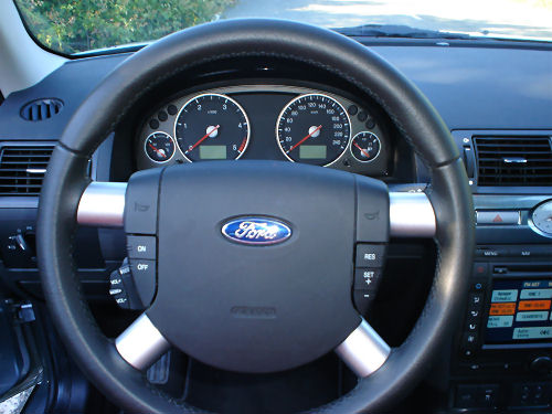 2005 ford mondeo 10