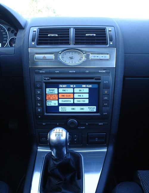 2005 ford mondeo 14