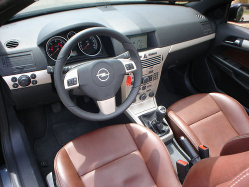 2007 opel astra twintop 10